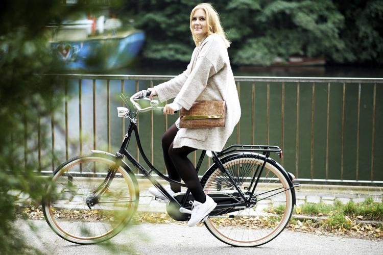 neues-fahrrad-hamburg-mit-outfit