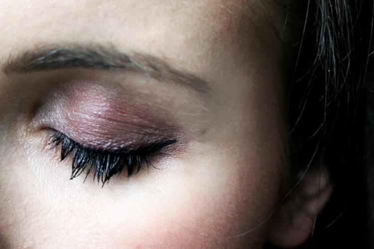 makeup-tutorial-eyeliner-lidschatten