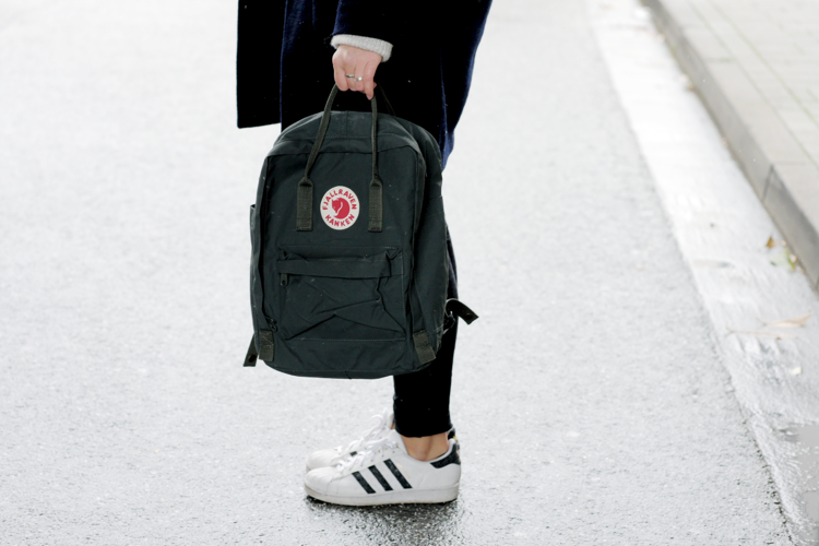 outfit-mit-fjaellraeven-rucksack