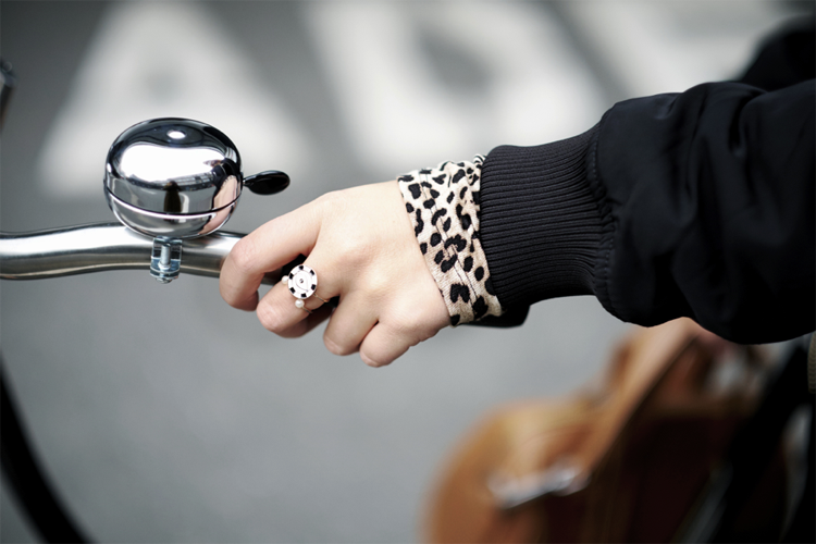 Streetstyle Blogger Bike Details Ring