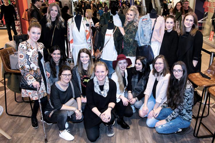 Alstertal-Einkaufszentrum Fashionblogger Café