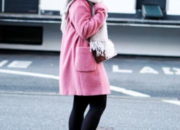 Modeblogger Hamburg Outfit pinker Mantel