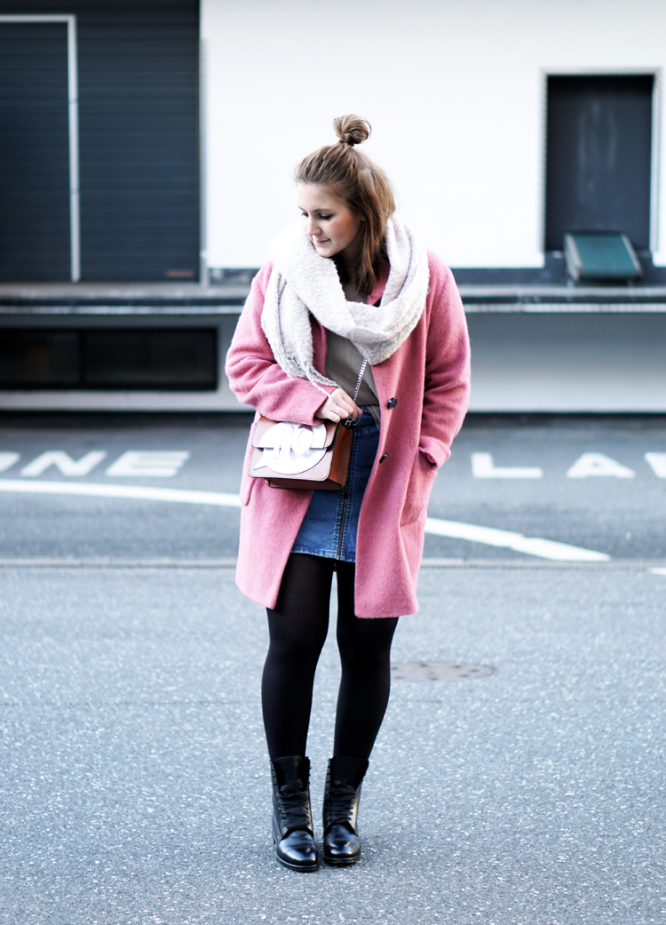 Streetstyle Hamburg pink coat