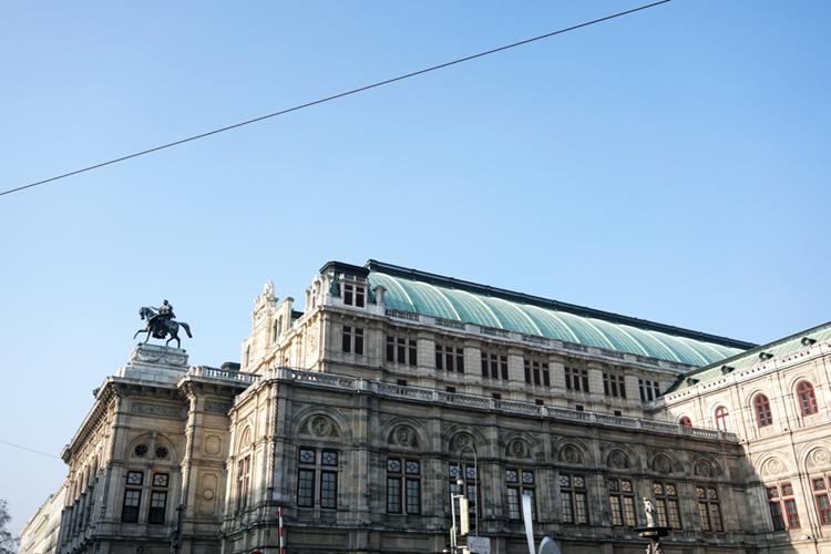 Wien Sightseeing Oper