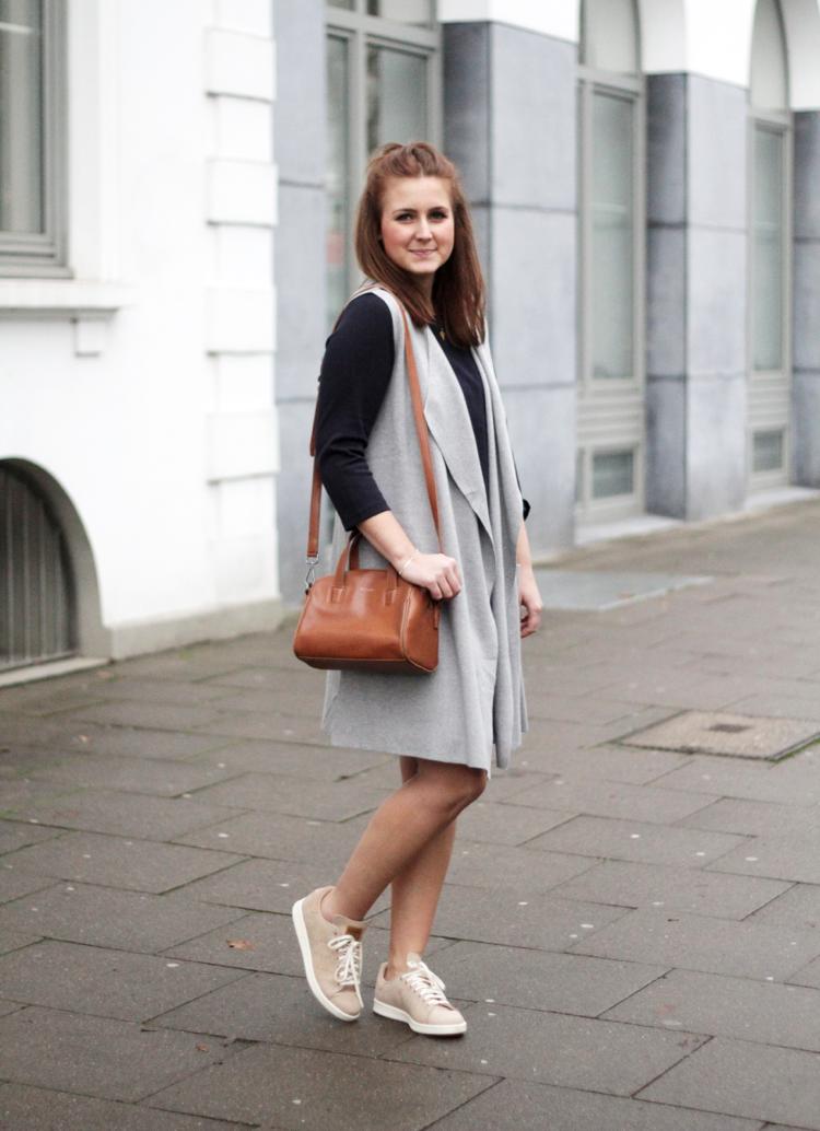 Outfit Kleid mit Longweste grau