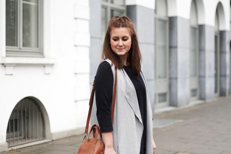 Streetstyle Kleid mit Longweste
