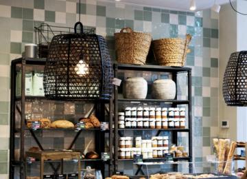 Café Alkmaar Interior