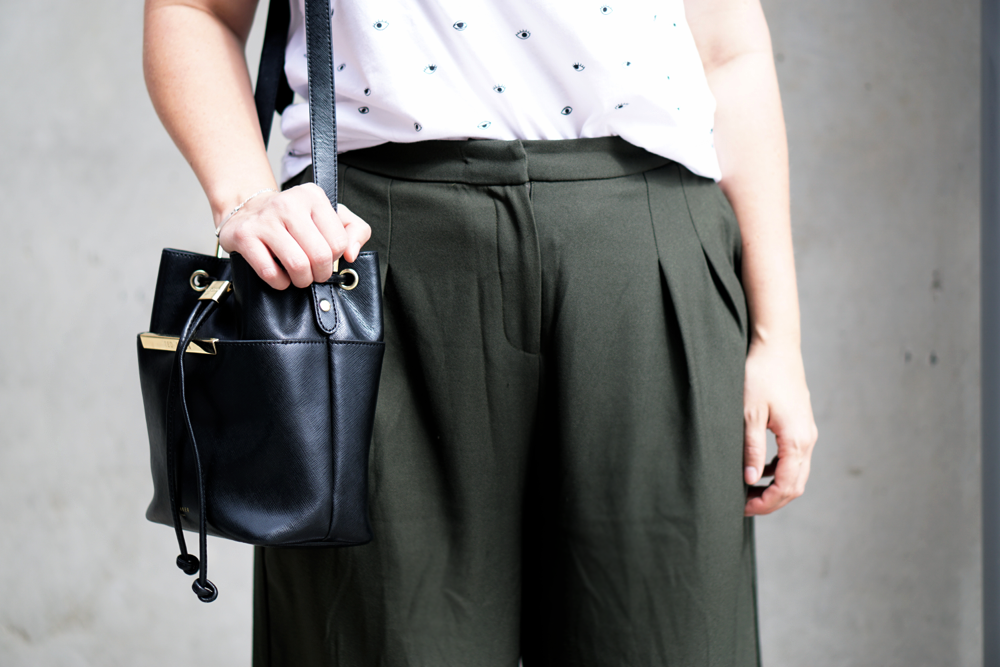 Culottes olivgrün schwarze Saddle-Bag